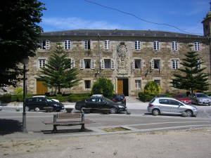 Magnifico edificio del antiguo hospital de San Pablo y San Lázaro, del siglo XVIII
