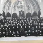 1958. Mondoñedo. Abajo, en segunda fila, Don José Preito Verdes, don Justo Trashorras (rector), don Jacinto Arhaya (obispo), don Eugenio García Amir y don José María Fernández
