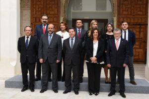 Nuevo Gobierno de Castilla-La Mancha. Ángel Felpeto, primero por la derecha.